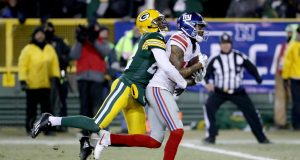 Tavarres King, Roger Lewis Look to Fight Up Giants Depth Chart 3