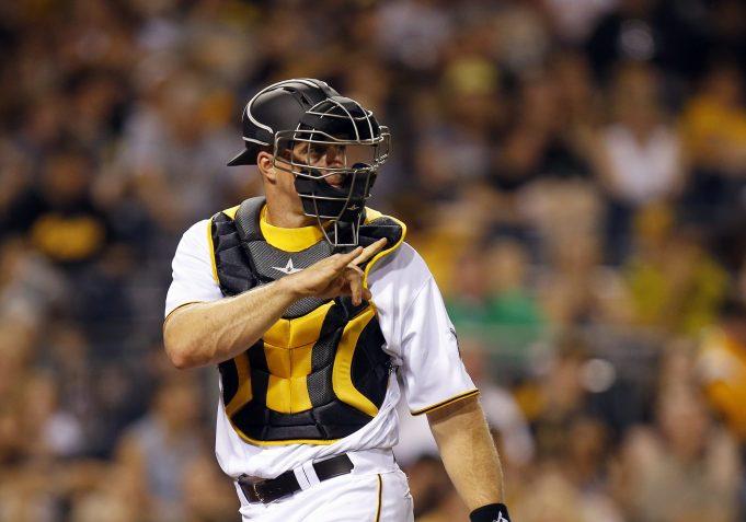 New York Yankees Acquire Erik Kratz From Cleveland Indians