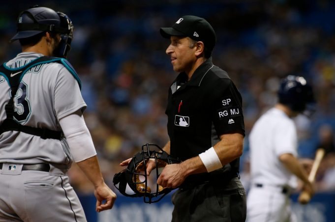 MLB Umpires End Wristband Protest, Will Meet with Rob Manfred
