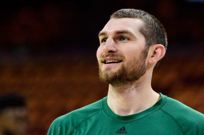 Brooklyn Nets Sign Tyler Zeller To Two-Year Deal (Report)