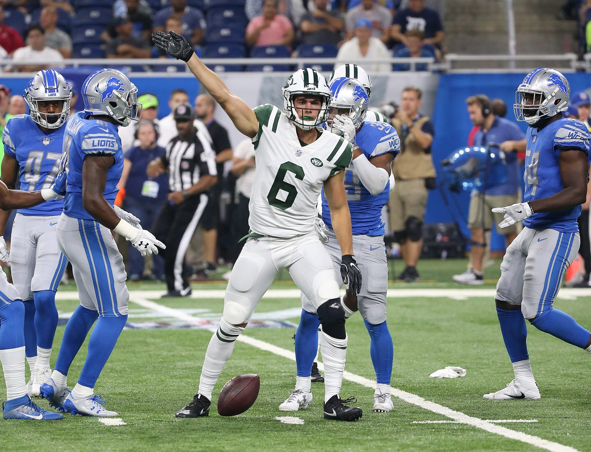 The Young, Scintillating Offensive Players Who'll Improve the New York Jets in 2017 8