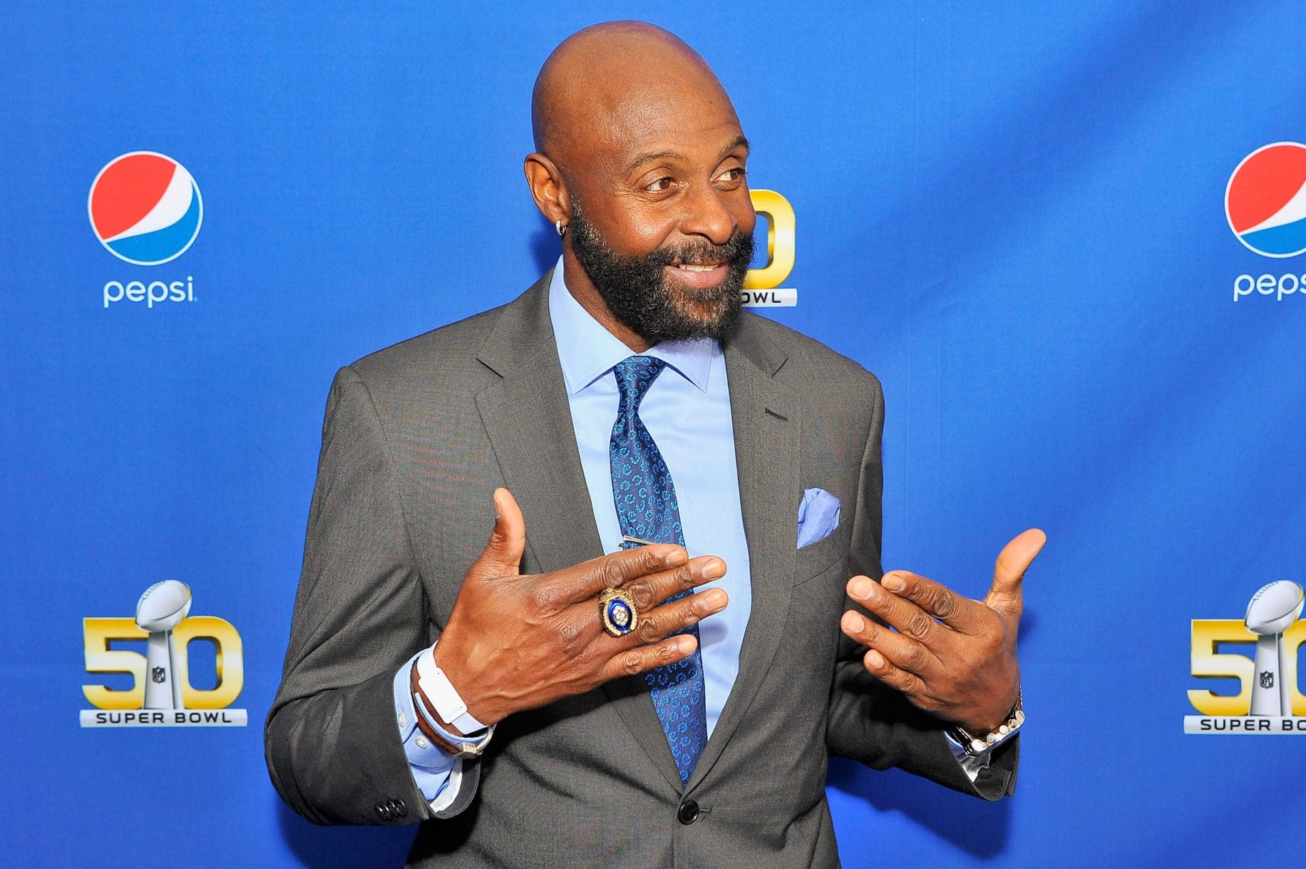 Move Over, Owen Wilson: Jerry Rice is the New Wedding Crasher in Town