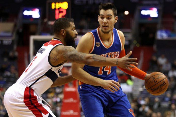 New York Knicks: Why Isn't Jeff Hornacek Playing Willy Hernangomez? 1