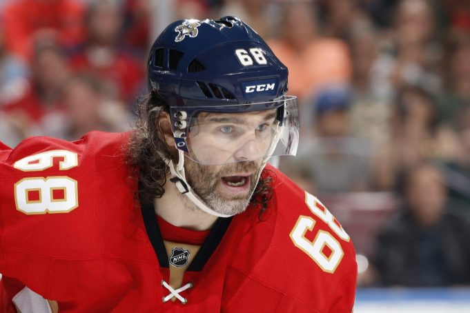 Jaromir Jagr Signs With The Calgary Flames