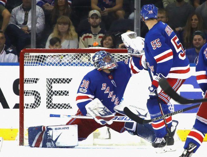 New York Rangers: Poor Decision-Making Henrik Lundqvist's Biggest Issue