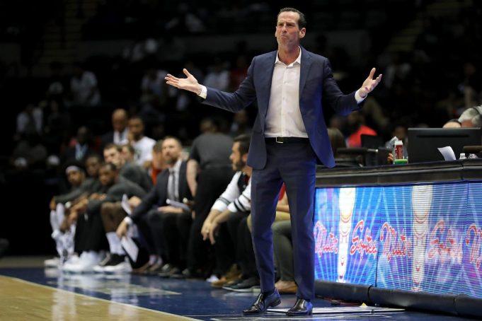 Brooklyn Nets News Beat 10/16/17: Atkinson Talks Crabbe, Visits Jets