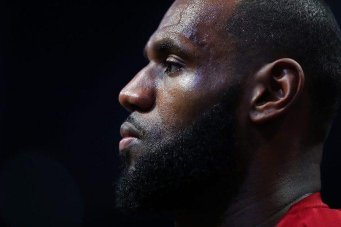 New York Knicks Win Dubs Cavs as Sore Losers (Tweet)