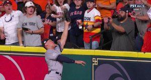 New York Yankees: Aaron Judge Makes Tremendous Grab, Robs Home Run (Video)