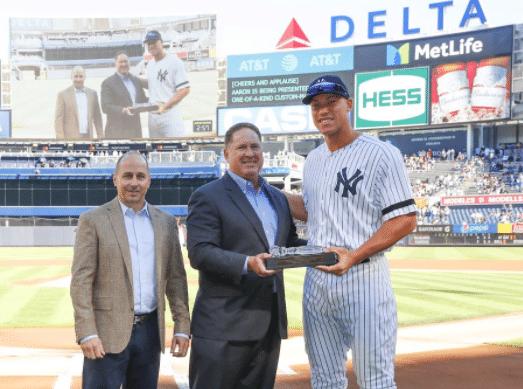 New York Yankees Gift Aaron Judge With Crystal Gavel (Photo)