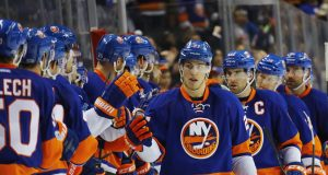New York Islanders Plow Avalanche 6-4, Mathew Barzal Sets Rookie Record (Highlights)