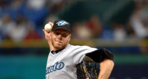 Former Blue Jays, Phillies Legend Roy Halladay Dead In Plane Crash