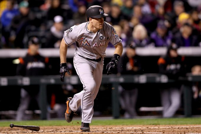 New York Mets: Trading for J.T. Realmuto would solve catching issues