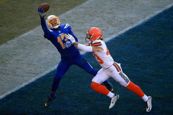 Daily Fantasy Football: Carson Wentz, Keenan Allen keys to Week 14 cash