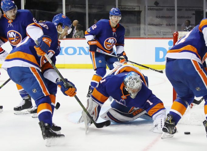 Thomas Greiss, New York Islanders, Barclays Center, NHL