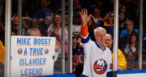 Mike Bossy, New York Islanders, Nassau Coliseum