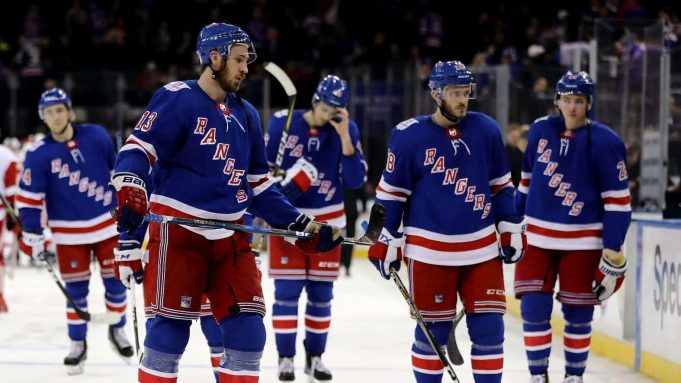 Rangers fall to Red Wings
