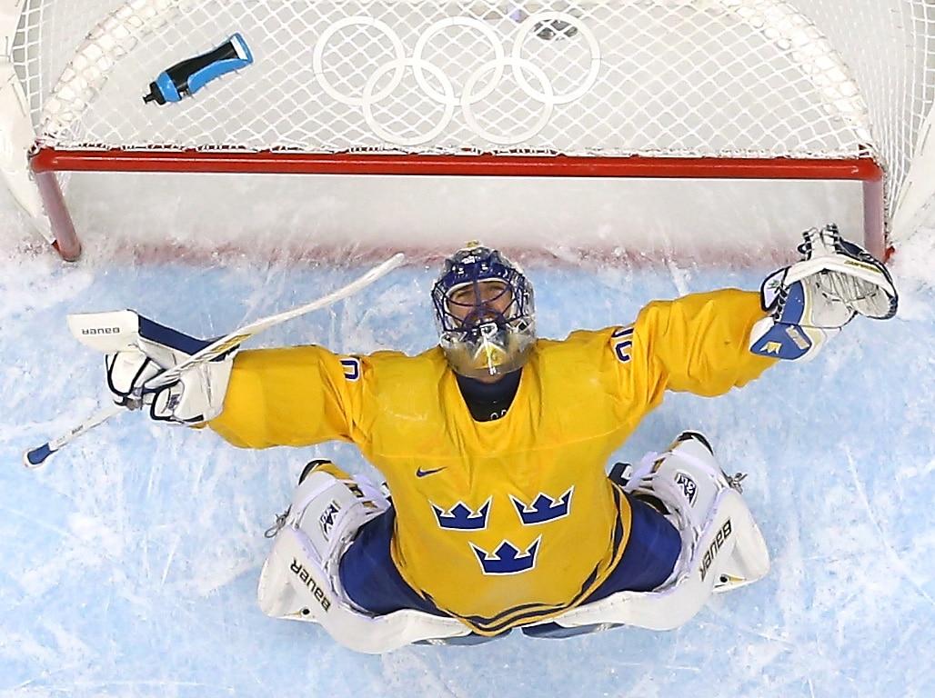 New York Rangers Lundqvist will miss the Olympics