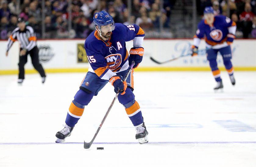 New Jersey Devils , New York Islanders, Cal Clutterbuck, Barclays Center