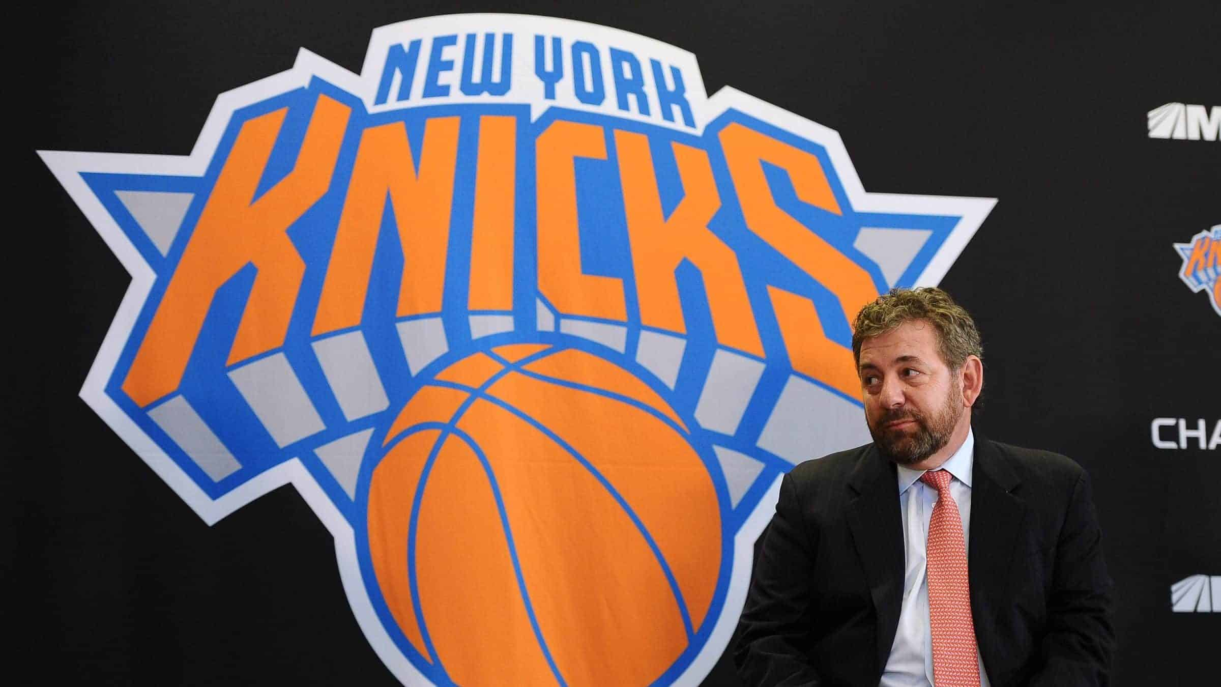 New-york-knicks-press-conference-e1524166580643