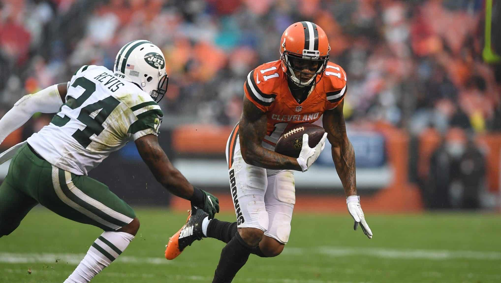 165d33923b1 New York Jets video: Terrelle Pryor making ridiculous catches in the ...