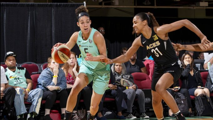 WHITE PLAINS, NY - JUNE 13: Kia Nurse #5 of the New York Liberty handles the ball against the Las Vegas Aces on June 13, 2018 at Westchester County Center in White Plains, New York. NOTE TO USER: User expressly acknowledges and agrees that, by downloading and or using this photograph, User is consenting to the terms and conditions of the Getty Images License Agreement. Mandatory Copyright Notice: Copyright 2018 NBAE