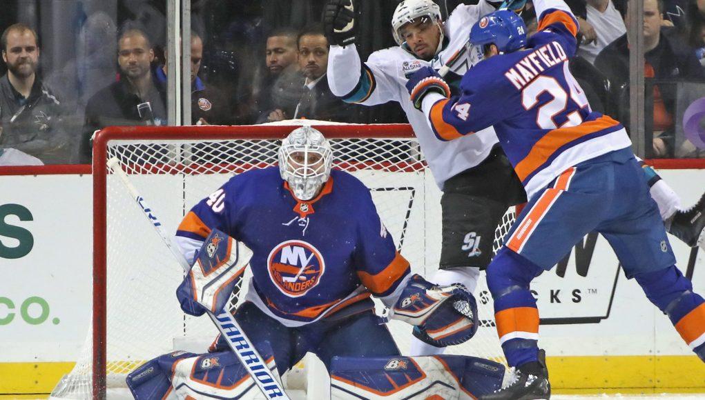 New York Islanders Scott Mayfield