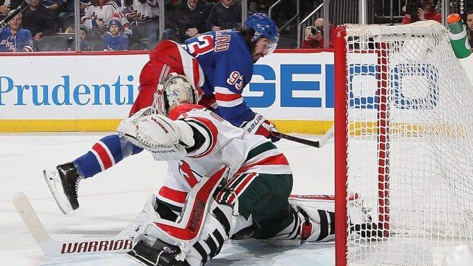 Zibanejad's hat trick lifts Rangers past Devils