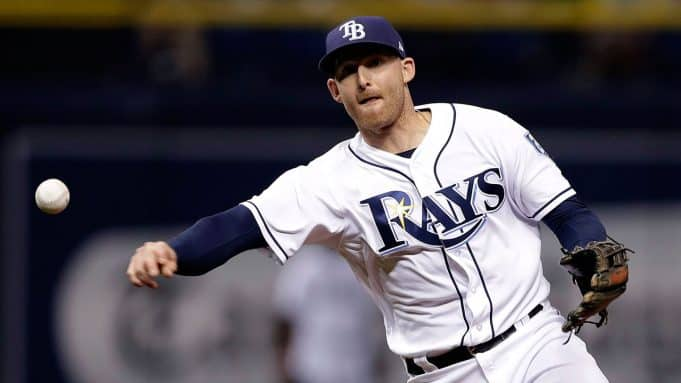 Yankees add Brad Miller on minor league deal