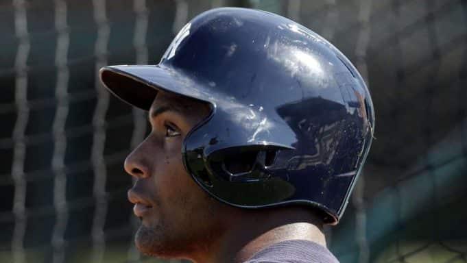 Yankees lose Andujar with shoulder injury