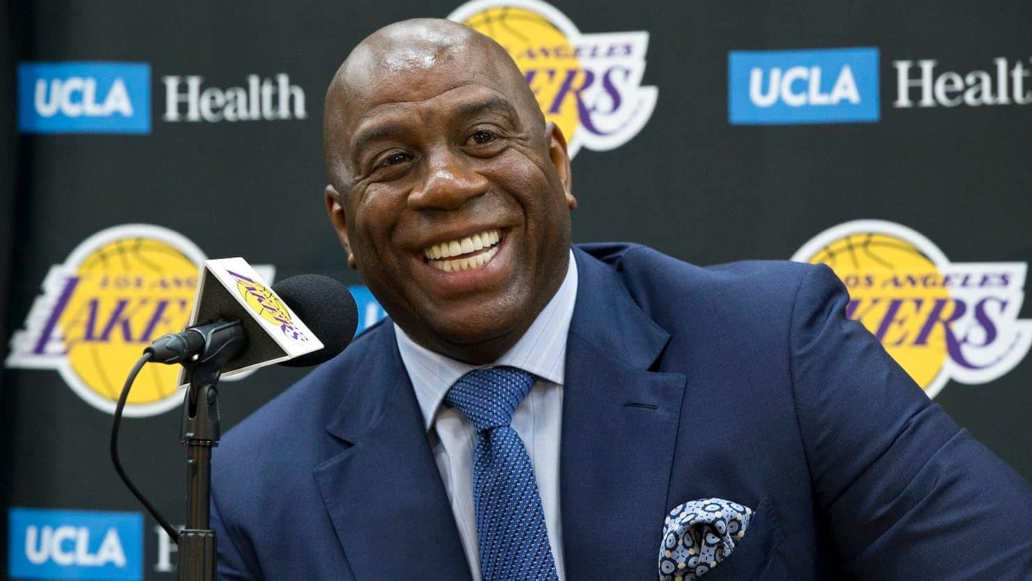 1c326957704 Magic Johnson hints at past interest from the New York Knicks