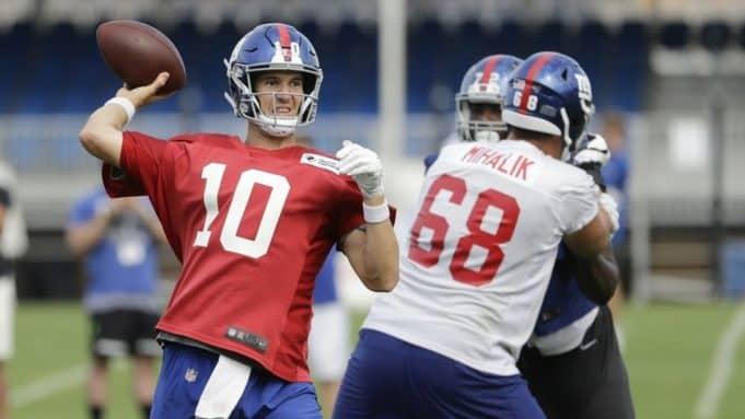 Eli Manning, Brian Mihalik