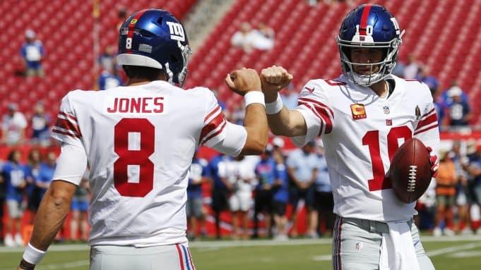 Daniel Jones, Eli Manning