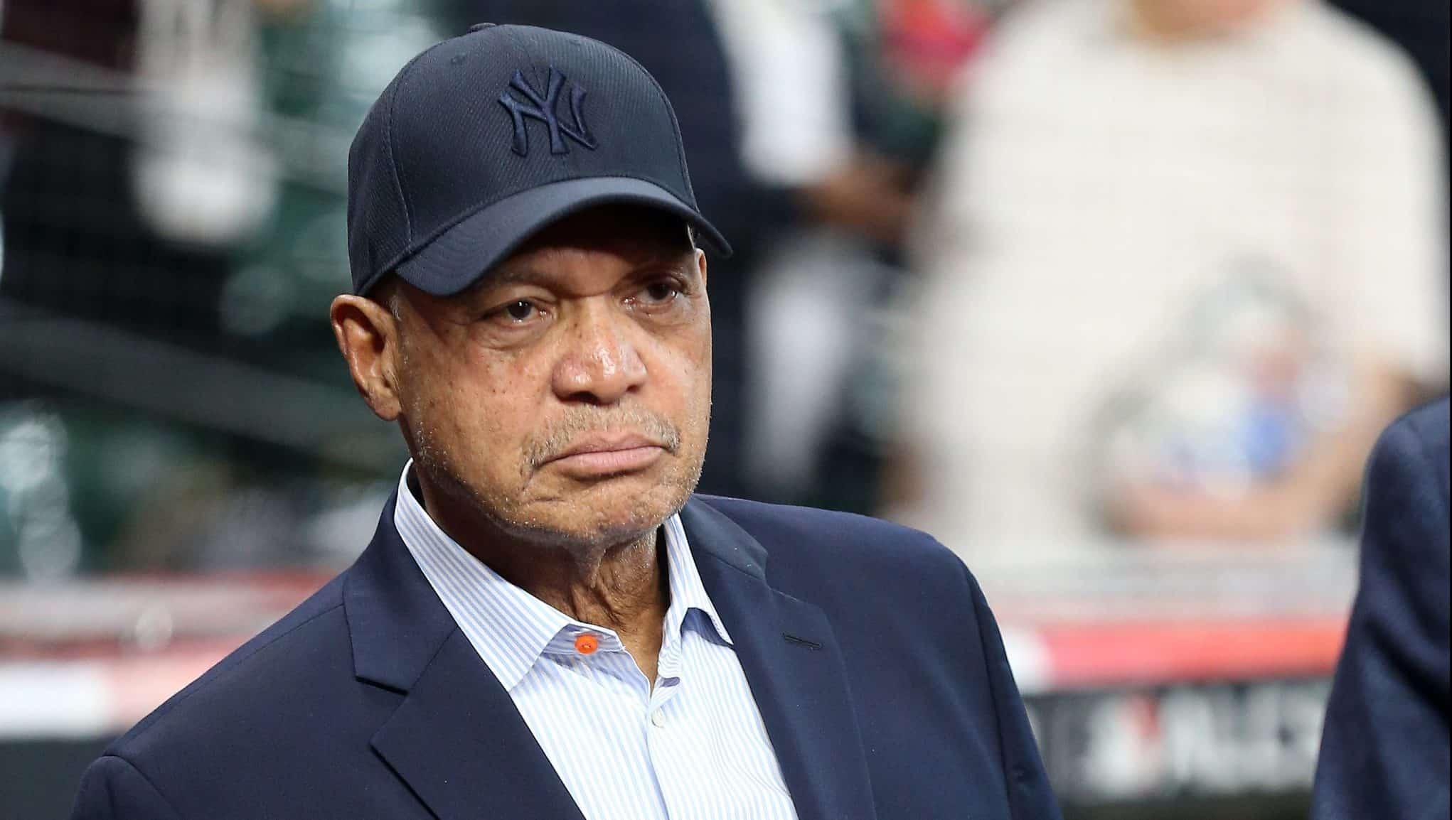 Reggie Jackson apologizes for joking ...