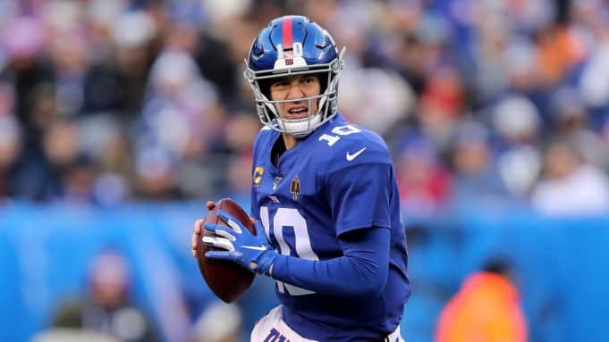 EAST RUTHERFORD, NEW JERSEY - DECEMBER 15: Eli Manning #10 of the New York Giants looks to pass the ball to Sterling Shepard #87 for the first down in the third quarter against the Miami Dolphins at MetLife Stadium on December 15, 2019 in East Rutherford, New Jersey.