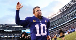 EAST RUTHERFORD, NEW JERSEY - DECEMBER 15: Eli Manning #10 of the New York Giants waves to the crowd after his 31-13 win against the Miami Dolphins during their game at MetLife Stadium on December 15, 2019 in East Rutherford, New Jersey.