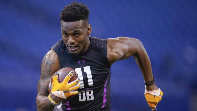 INDIANAPOLIS, IN - MARCH 05: Tennessee defensive back Rashaan Gaulden (DB11) runs the ball during the NFL Scouting Combine at Lucas Oil Stadium on March 5, 2018 in Indianapolis, Indiana.