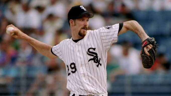 30 Jul 1994: Pitcher Jack McDowell of the Chicago White Sox prepares to throw the ball during a game against the Seattle Mariners at Comiskey Park in Chicago, Illinois. The White Sox won the game 4-2.