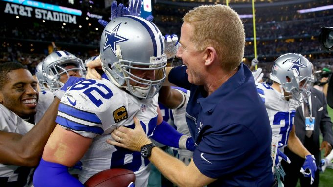 ARLINGTON, TX - OCTOBER 30: Jason Witten #82 of the Dallas Cowboys celebrates with head coach Jason Garrett of the Dallas Cowboys after scoring the game winning touchdown against the Philadelphia Eagles in overtime at AT&T Stadium on October 30, 2016 in Arlington, Texas. The Dallas Cowboys beat the Philadelphia Eagles 29-23 in overtime.