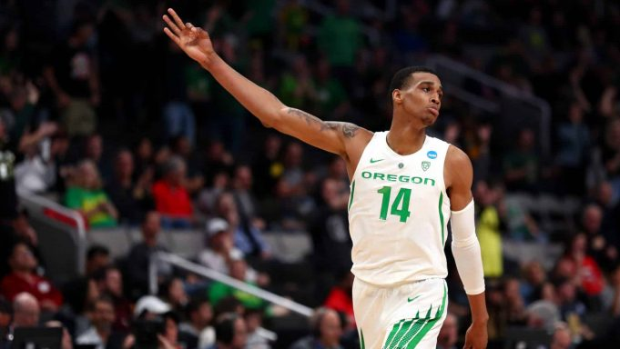 SAN JOSE, CALIFORNIA - MARCH 24: Kenny Wooten #14 of the Oregon Ducks celebrates after a play in the second half against the UC Irvine Anteaters during the second round of the 2019 NCAA Men's Basketball Tournament at SAP Center on March 24, 2019 in San Jose, California.