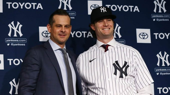 Aaron Boone and Gerrit Cole