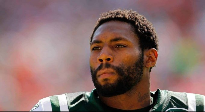 MIAMI GARDENS, FL - JANUARY 01: Antonio Cromartie #31 of the New York Jets looks on during a game against the Miami Dolphins at Sun Life Stadium on January 1, 2012 in Miami Gardens, Florida.