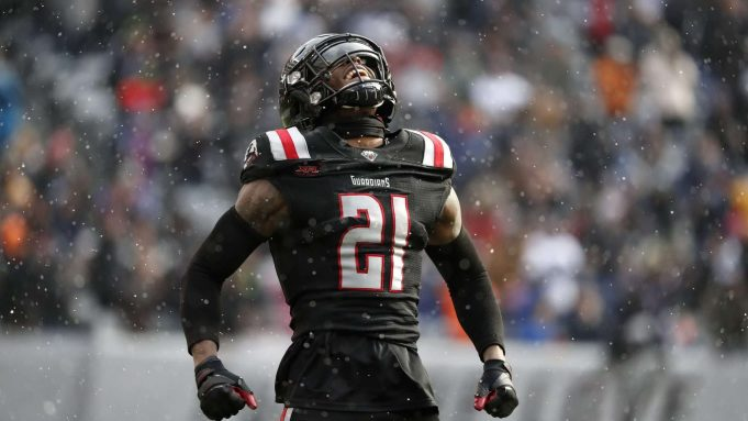 EAST RUTHERFORD, NEW JERSEY - FEBRUARY 29: Jamar Summers #21 of the NY Guardians celebrates after the defense forced a fourth down during the first half of their XFL game against the LA Wildcats at MetLife Stadium on February 29, 2020 in East Rutherford, New Jersey.
