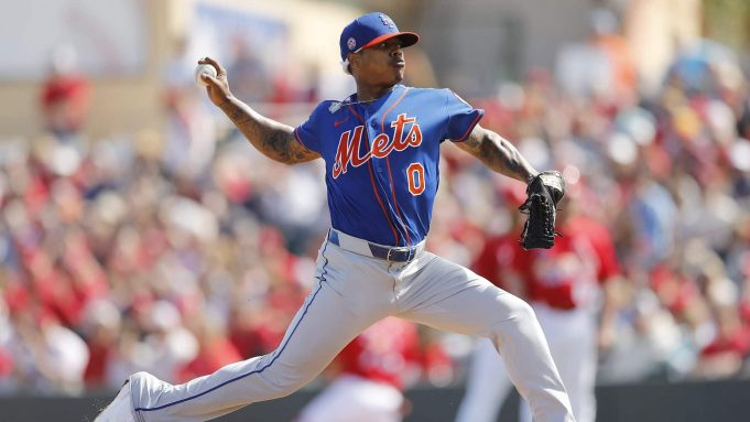 JUPITER, FLORIDA - FEBRUARY 22: Marcus Stroman #0 of the New York Mets delivers a pitch in the second inning of a Grapefruit League spring training game at Roger Dean Stadium on February 22, 2020 in Jupiter, Florida.