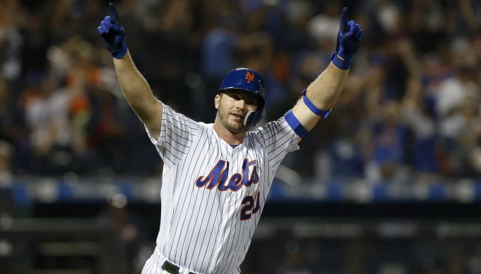 NEW YORK, NEW YORK - SEPTEMBER 28: Pete Alonso #20 of the New York Mets reacts after his third inning home run against the Atlanta Braves at Citi Field on September 28, 2019 in New York City. The home run was Alonso