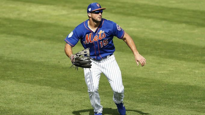 PORT ST. LUCIE, FLORIDA - FEBRUARY 23: Tim Tebow #15 of the New York Mets in action against the Atlanta Braves during the Grapefruit League spring training game at First Data Field on February 23, 2019 in Port St. Lucie, Florida.
