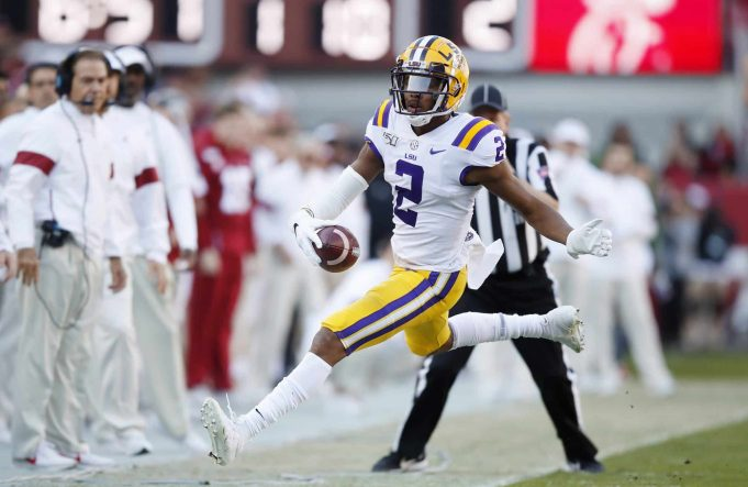 TUSCALOOSA, ALABAMA - NOVEMBER 09: Justin Jefferson #2 of the LSU Tigers goes out of bounds during the first half against the Alabama Crimson Tide in the game at Bryant-Denny Stadium on November 09, 2019 in Tuscaloosa, Alabama. New York Jets