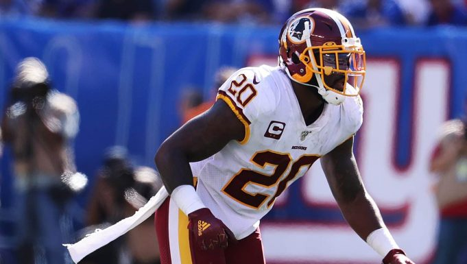 EAST RUTHERFORD, NEW JERSEY - SEPTEMBER 29: Landon Collins #20 of the Washington Redskins in action against the New York Giants during their game at MetLife Stadium on September 29, 2019 in East Rutherford, New Jersey.
