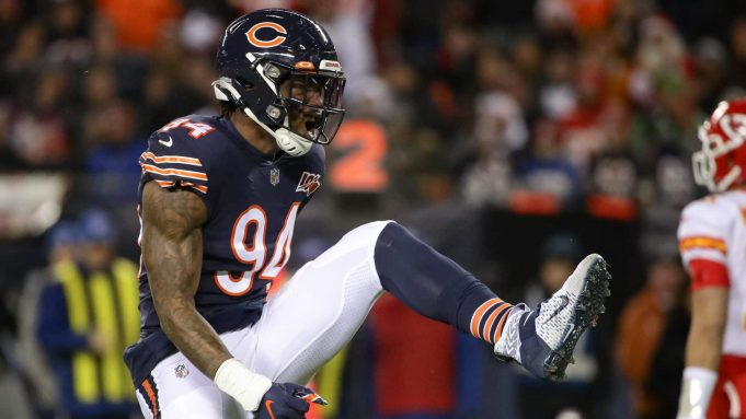 CHICAGO, ILLINOIS - DECEMBER 22: Outside linebacker Leonard Floyd #94 of the Chicago Bears celebrates against the Kansas City Chiefs in the first quarter of the game at Soldier Field on December 22, 2019 in Chicago, Illinois.