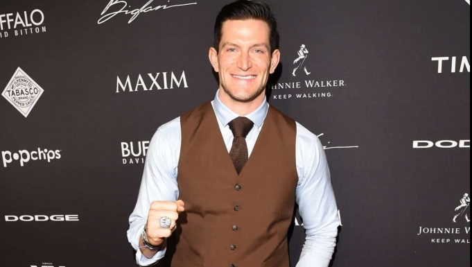 PHOENIX, AZ - JANUARY 31: Football player Steve Weatherford attends the Maxim Party with Johnnie Walker, Timex, Dodge, Hugo Boss, Dos Equis, Buffalo Jeans, Tabasco and popchips on January 31, 2015 in Phoenix, Arizona.