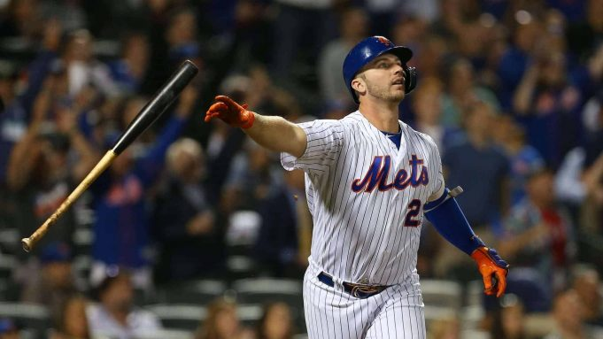 NEW YORK, NY - AUGUST 27: Pete Alonso #20 of the New York Mets flips his bat after hitting a home run against the Chicago Cubs during the fourth inning of a game at Citi Field on August 27, 2019 in New York City. The home run is Alonso's 42nd of the season, breaking the previous franchise record.